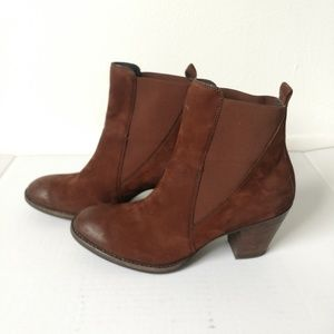 Paul Green Jules brown leather Chelsea ankle boots